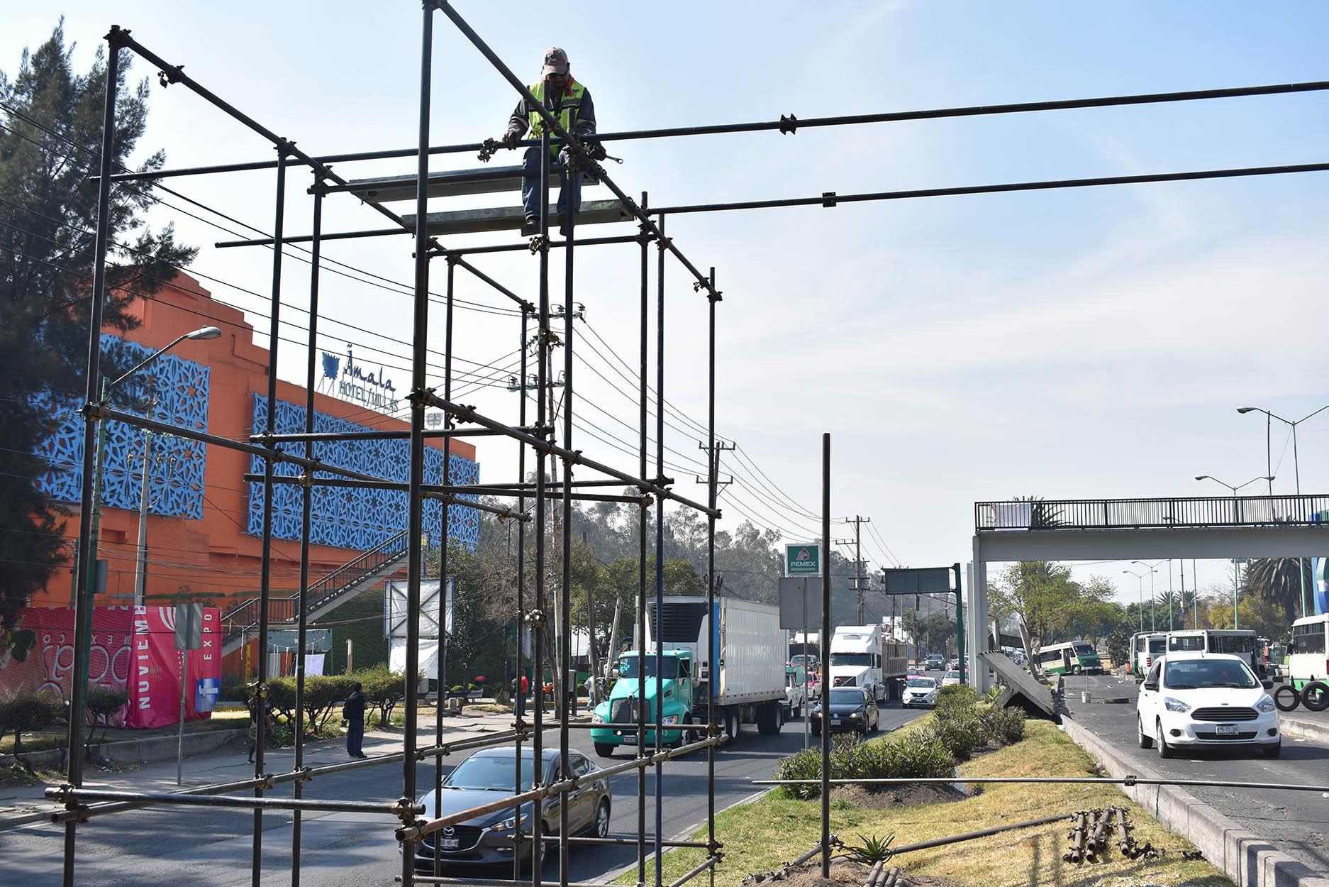 Colocación puentes peatonales 2.jpg